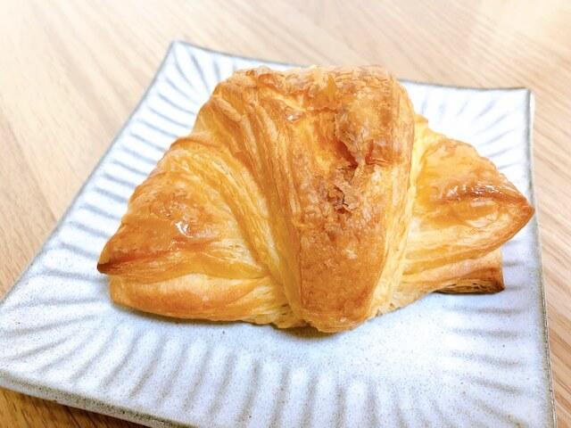 無印良品 糖質10g以下のパン クロワッサン②