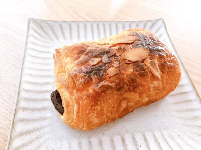無印良品 糖質10g以下のパン パン・オ・ショコラ②